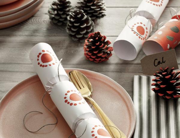 Scandinavian-Christmas-paint-your-own-crackers